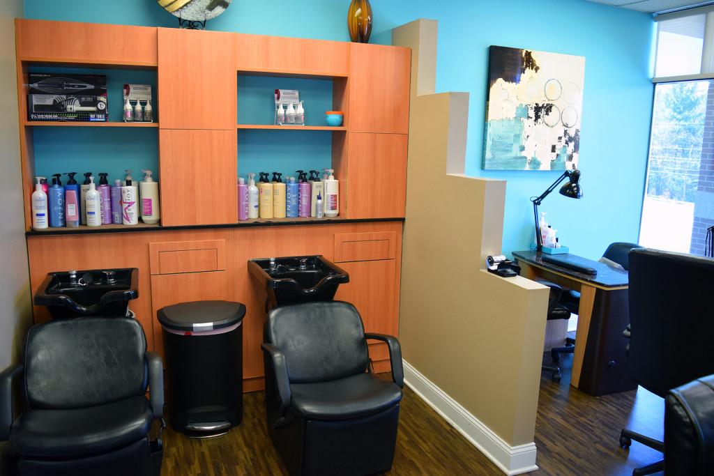 Hand nail spa serenity spa salon for Salon spa 2